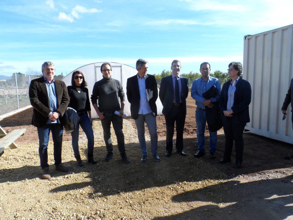 El diputat de Medi Ambient, Josep Bort, durant la visita al Viver Municipal_04